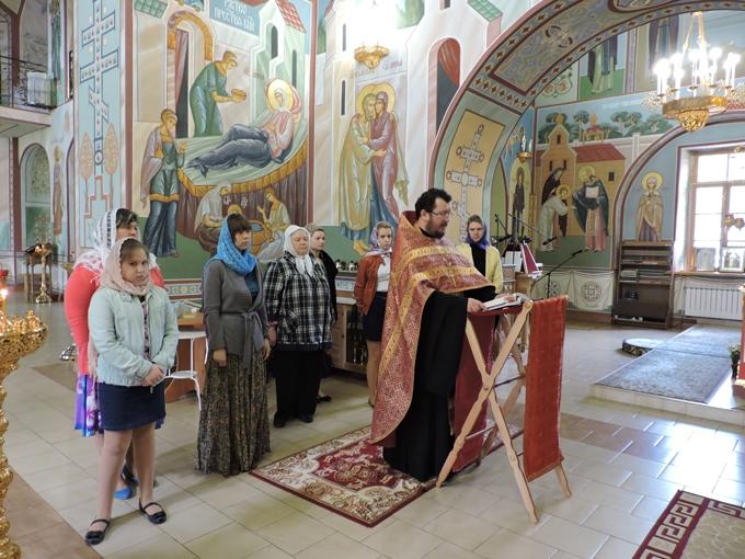 Сестеры милосердия из Дмитрова посетили Спасо-Влахернский женский монастырь